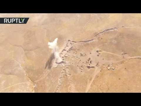 طائرة دون طيار تسجل معارك جارية في حي الوعر  - نشر قبل 8 ساعة