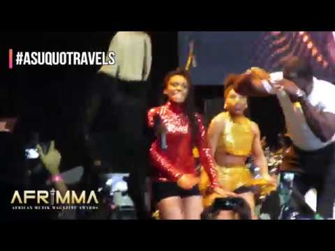 Teebillz surprises Tiwa Savage on-stage at AFRIMMA AWARDS 2017