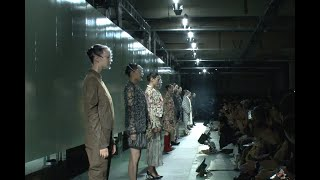 "ANREALAGE ""AT TOKYO"" A LIGHT UN LIGHT Amazon Fashion Week TOKYO 201..."