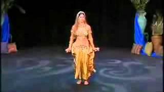 Танец живота в исполнении американки плюс интервью