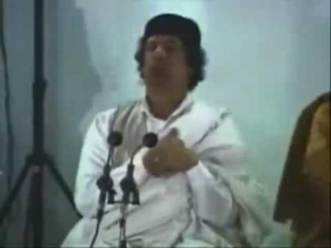 El Gathafi - dirige a Tombouctou ... les musulmans ..et prononce son discours