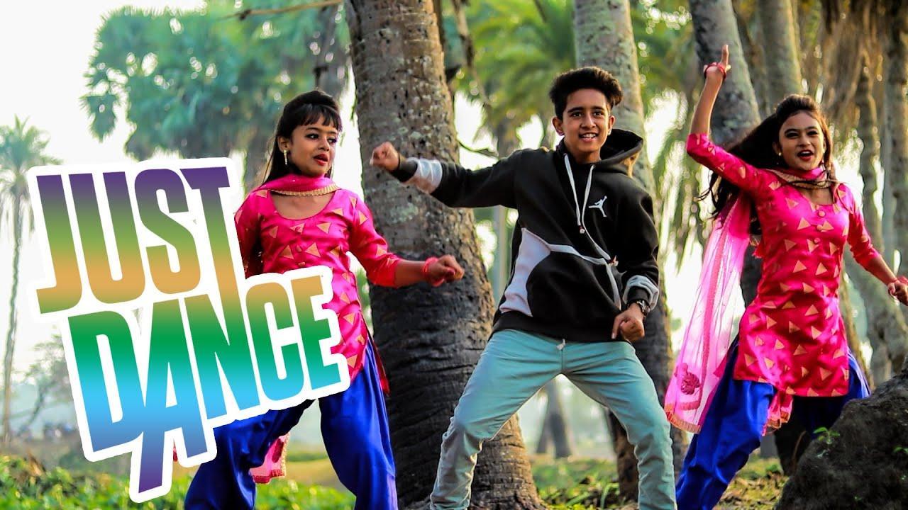 Download 52 Gaj Ka Daman Peher Matak Chalungi   Anik's new dance video   Anik Creation