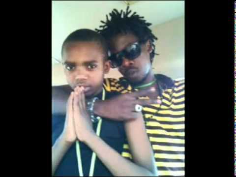Dogo janja Ft Godzilla - Mtoto wa Uswazi