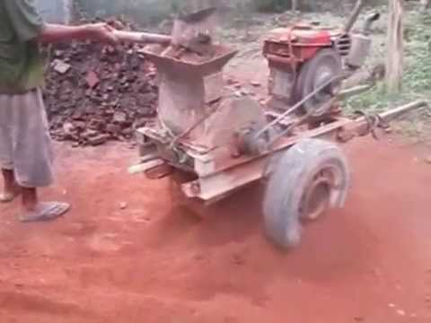 making cement made ​​of red bricks in recycling