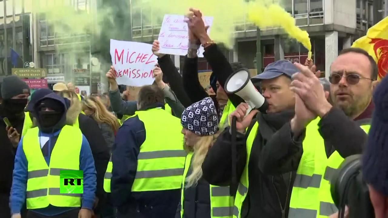 «Жёлтые жилеты» вышли на акции протеста в Брюсселе