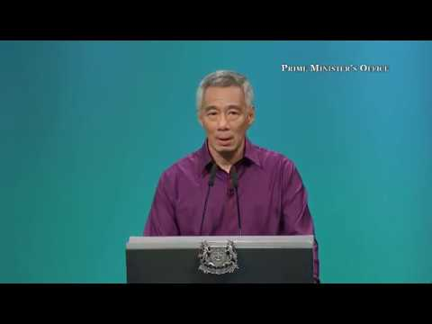 Prime Minister Lee Hsien Loong talking about diabetes