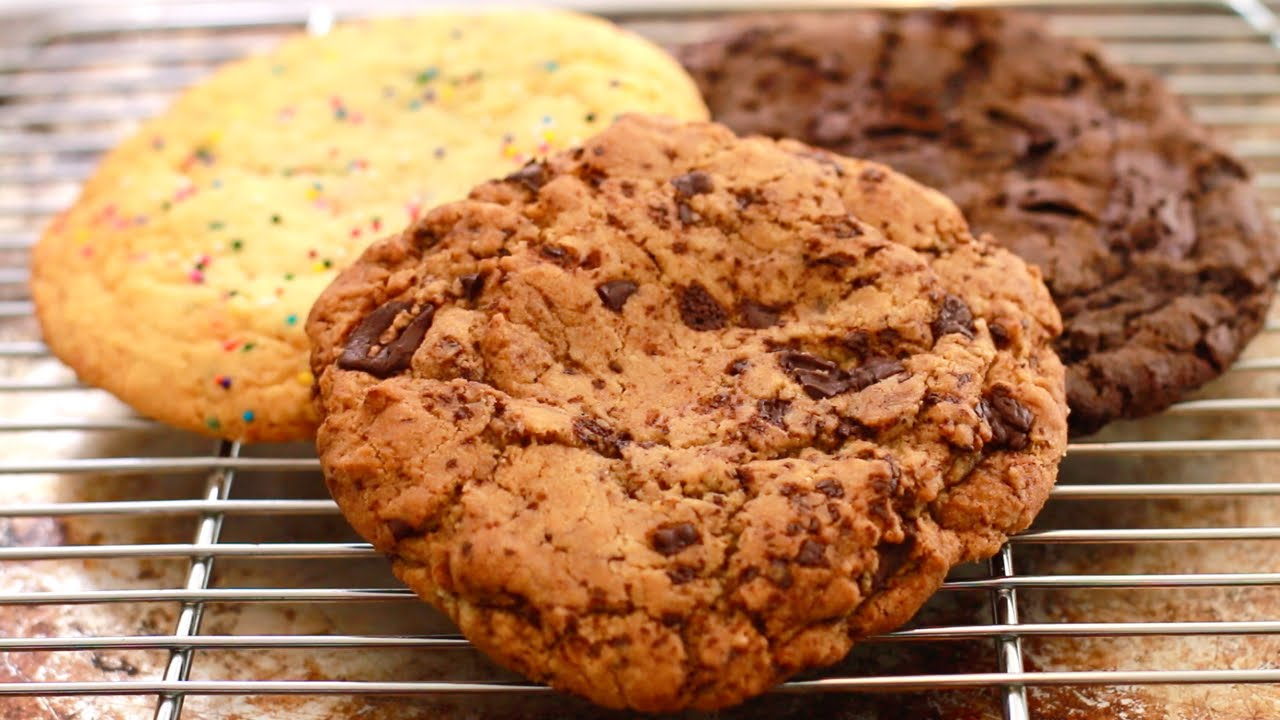 Giant Single Serving Cookies Chocolate Chip Sugar Cookie 2x