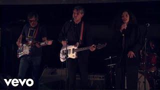 Tocotronic - Kapitulation (Live im Planetarium) ft. Joy Denalane