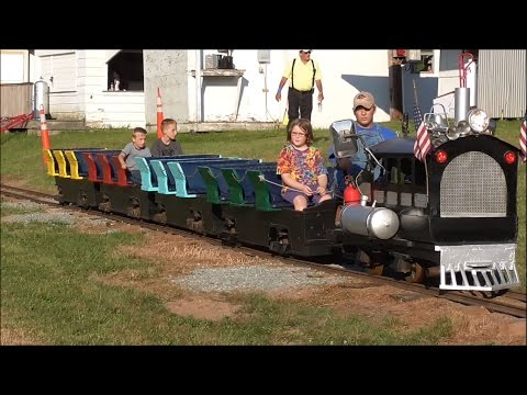 The Rocky Glen Park Train - Clifford Township Picnic 2016