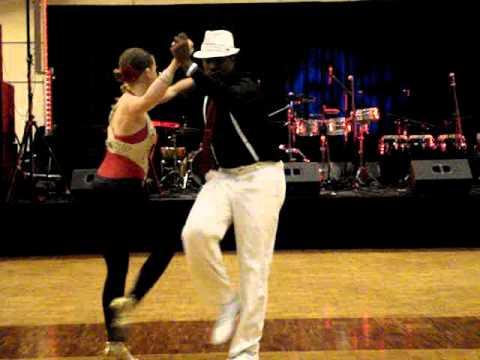 Adrian Valdivia and Amanda Gill perform at SalsAtlanta 10.3