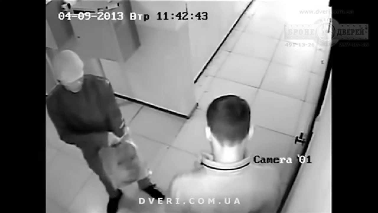 Видео воры домушники. Как работают домушники, взлом двери с цилиндровым замком, ограбление квартиры.