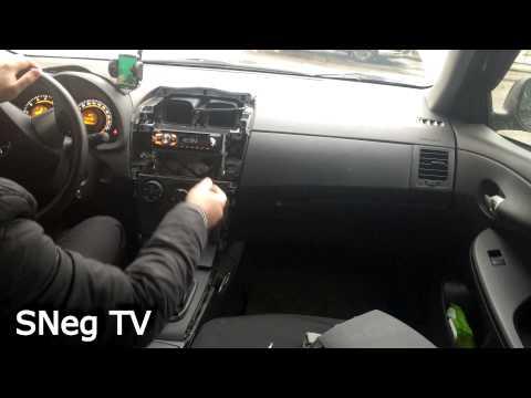 Toyota Corolla 2011 E150 разбираем центральную часть панели