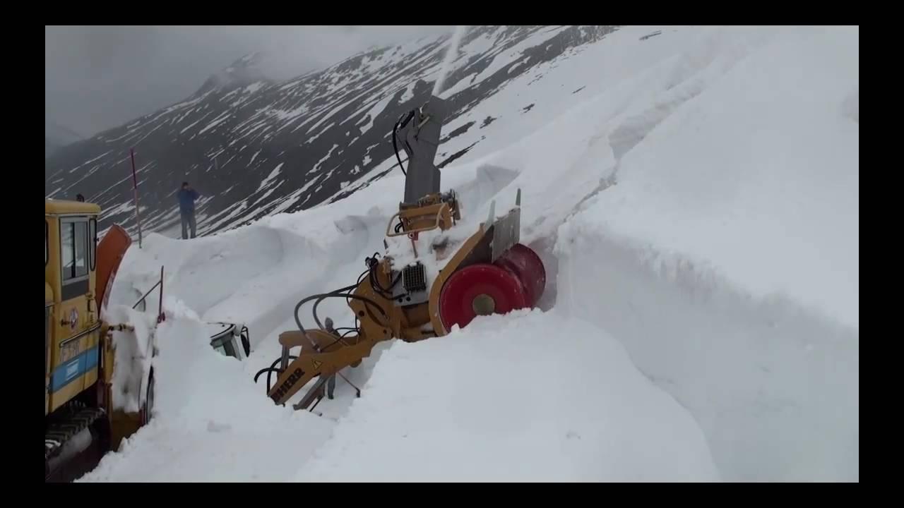 Timmelsjoch Schneeräumung