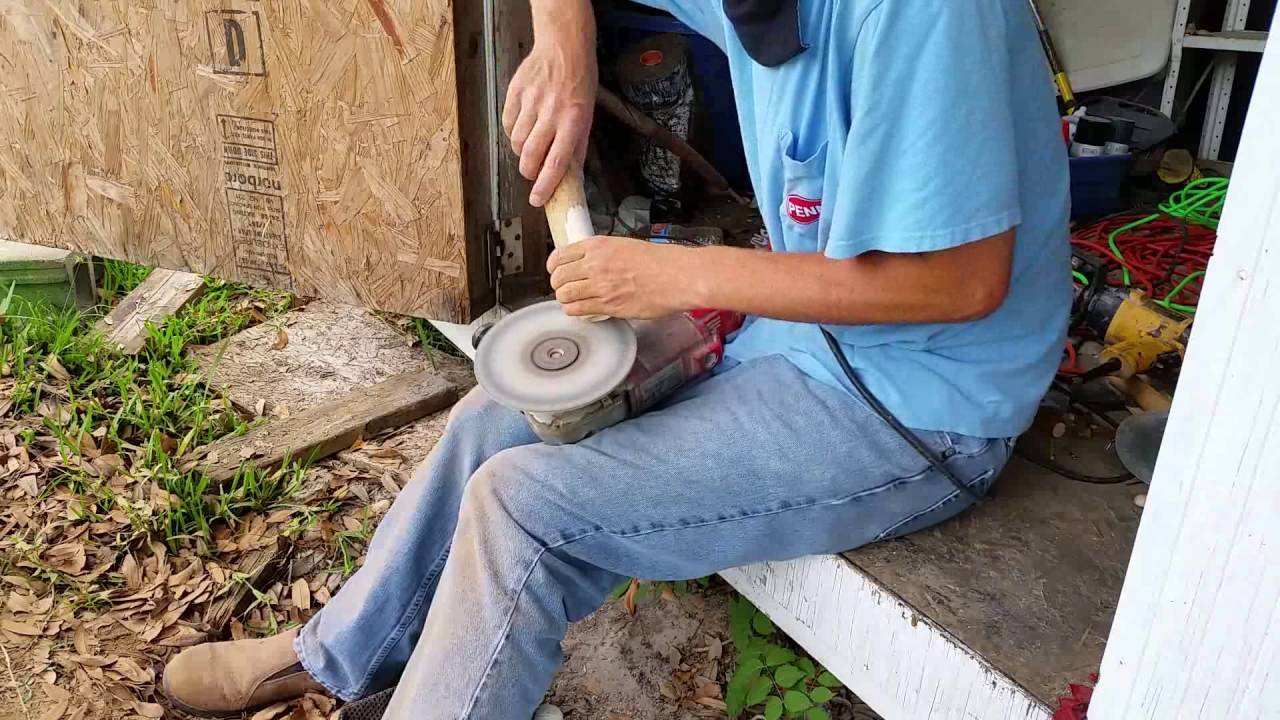 Hand Turning a Popper Lure from a Pecan Log Lure Making