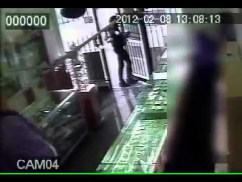 Cambridge Jewellery Store Robbery February 8 2012