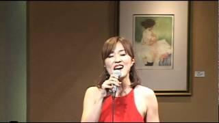 ソプラノ青木真由子、バイオリン中村朋子、アレンジ&ピアノ砂本典子 ア...