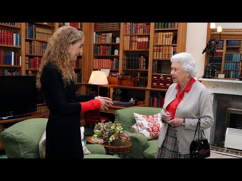 What role will Queen Elizabeth play after Payette's resignation?