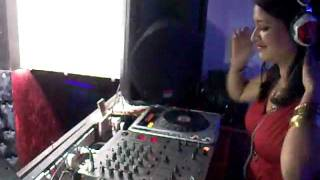 Dj Donna live at ice cube , noida (delhi)