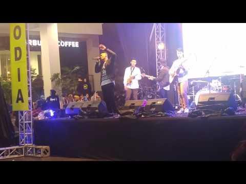Six Sounds Project - Saat Kujatuh Cinta 22102016 at Ciwalk