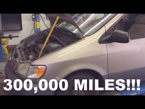 300,000 Mile Toyota Oil Change