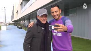 Alejandro Sanz visits Real Madrid City