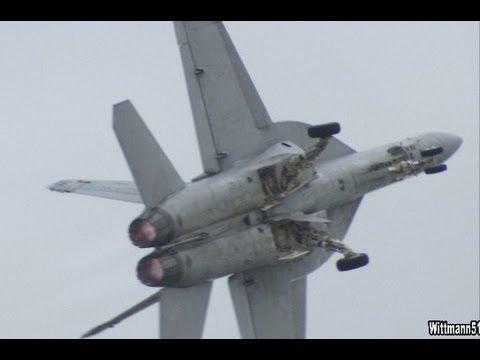 2012 NAS Oceana Air Show - F/A-18F Super Hornet Demo