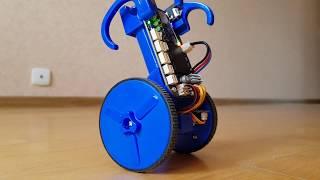 Самобалансирующий робот EduMIP кружит