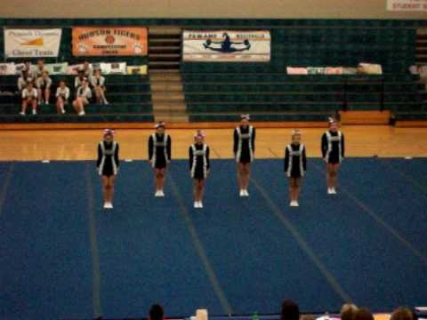 lutheran high school westland varsity cheer