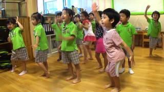 Kindergarten WAKA WAKA Dance