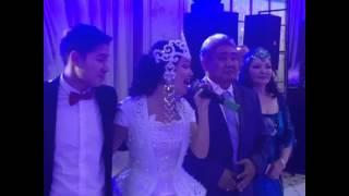 Аша Матай спела песню отцу на проводах невесты