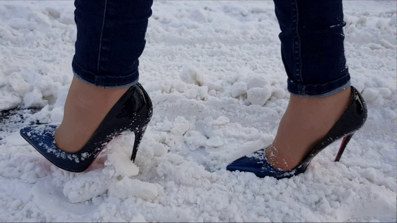 How To Stop Snow Shoes From Slipping