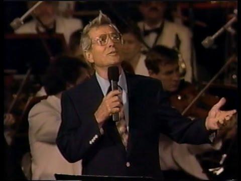 Perry Como Live - National Memorial Day Concert (1992)