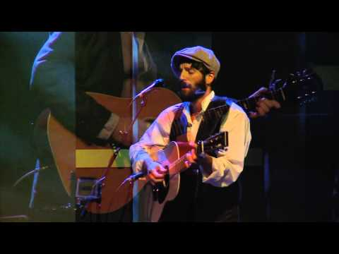 Ray LaMontagne Performs