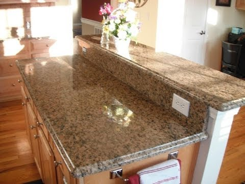 Granite Colors for Light Cabinets