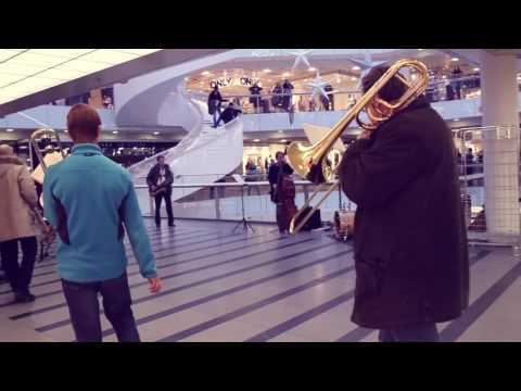 Flash mob UMO Jazz Orchestra in Forum Shopping Centre Helsinki