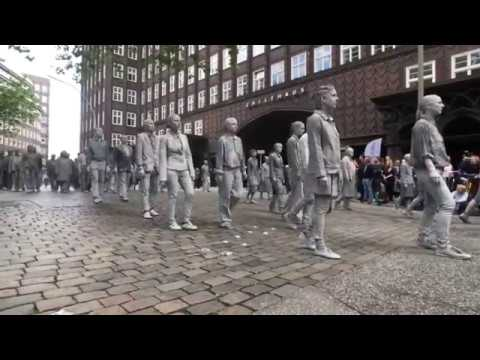 G20 Protest Brings 1000 Zombies Onto Streets of Hamburg