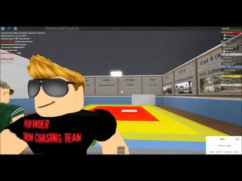 Lets Play: ROBLOX! - CATEGORY 5 HURRICANE! (62)