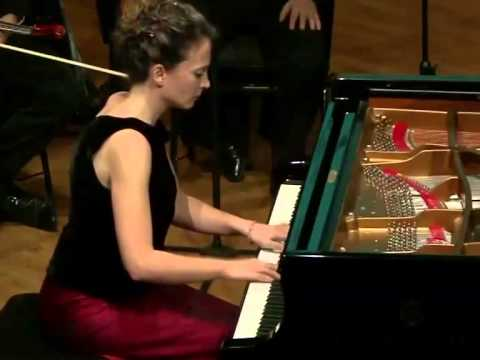 W.A. Mozart: Piano Sonata No. 10 in C major, K 330: IIe cantabile, Maria Yavroumi (piano)