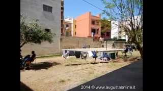 Augusta : un giorno al centro accoglienza migranti minorenni