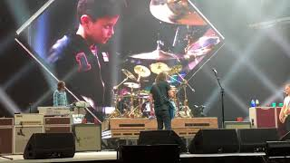 """Little Fonzie"" Foo Fighters at Nashville Bridgestone Arena #foofighters 5/4/18"
