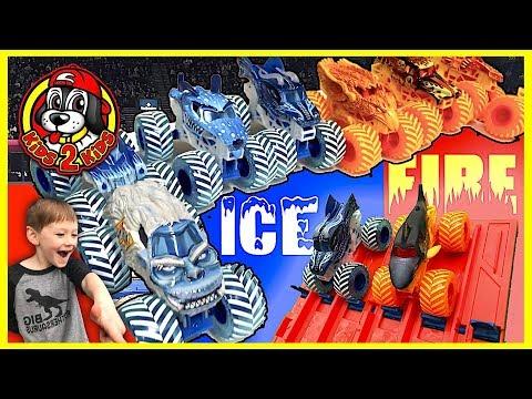Monster Jam Fire & Ice Downhill Drag Racing Showdown (Megalodon, Dragon, Yeti, Wildfire, Dalmatian)