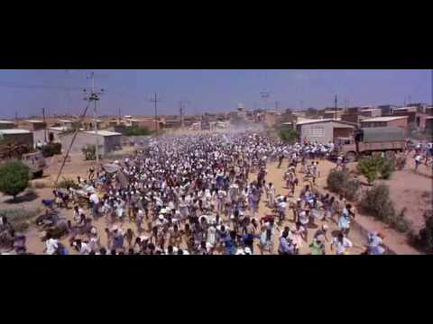 Scenes D' Art -1987- (Cry Freedom) (Real. Richard Attenborough).avi