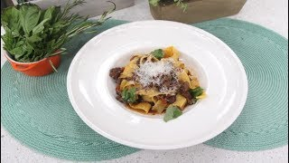 Exquisite Red Wine Short Rib Ragu with Pappardelle