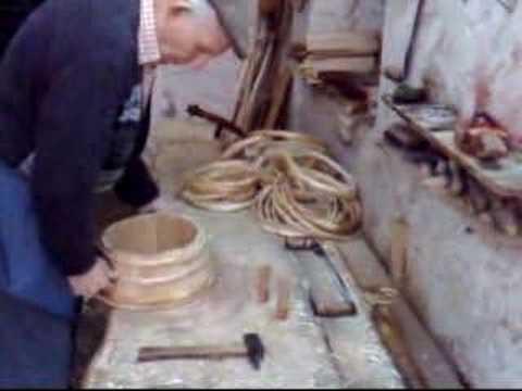 Costruire mastelli e tini in legno - YouTube