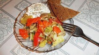 GVK : Салат овощной, с брокколи, курицей и маринованным луком