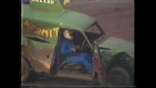 Video Banger Van racing at Wimbledon 1984 (part 2) download MP3, 3GP, MP4, WEBM, AVI, FLV Desember 2017