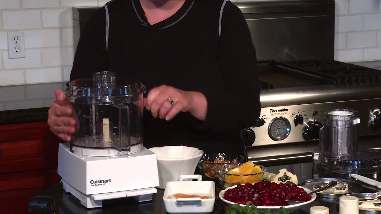 Cuisinart pro custom 11 food processor dlc 8s demo video youtube forumfinder Choice Image