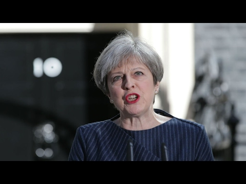 La Première ministre britannique Theresa May appelle à des législatives anticipées