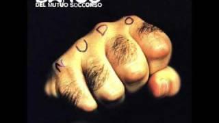 Banco del Mutuo Soccorso - E mi viene da pensare (1997 acoustic version)