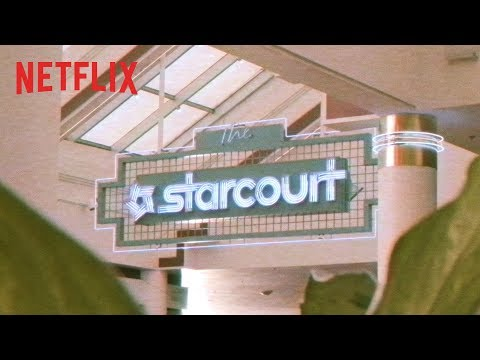 Ouverture du Starcourt Mall ! | Stranger Things | Netflix France